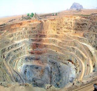 بازار باثبات فلزات اساسی در یکسال آینده